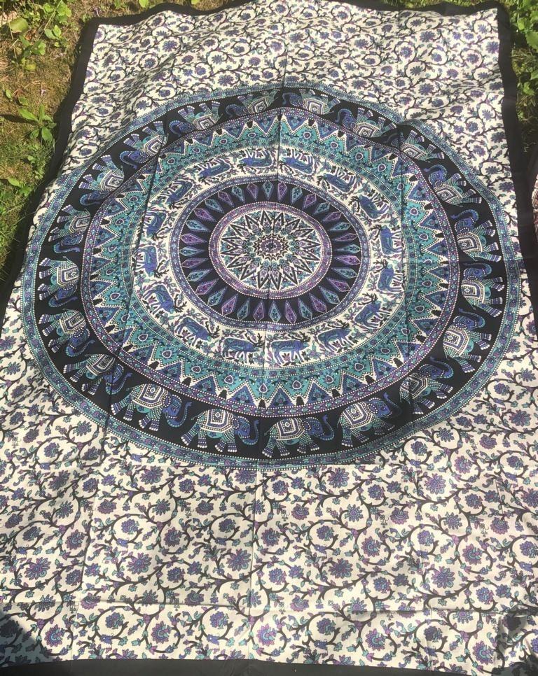 Mandala Tuch * 100% Baumwolle * Nr. 32 lila / weiß / türkis